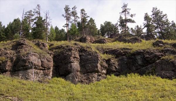 Скальник вдоль Крестовой