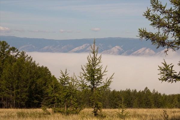 Вид на Байкальский Хребет.
