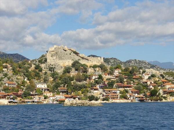 Развалины византийской крепости Симена (ныне Кале Кей)
