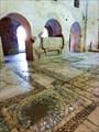 Мозаичный пол, оставшийся от античного храма Артемиды