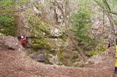 Пещера Дублянского. Две навески уже висит
