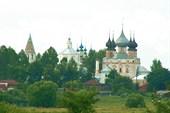Ансамбль Воскресенской и Успенской церквей и Троицкого собора