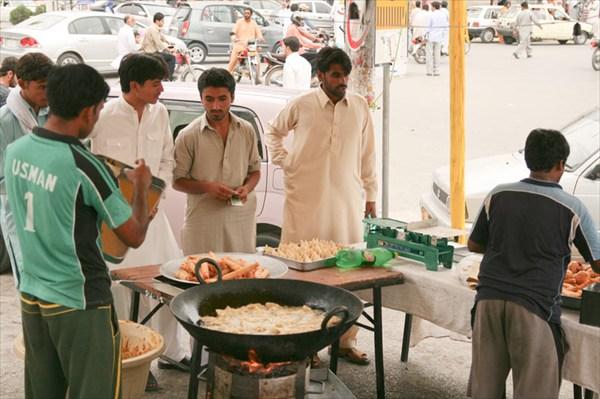 Кухня в центре города вместо макдональса