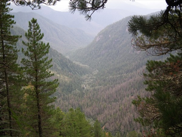 Вид в долину Подкомарной