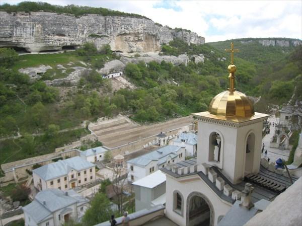 Свято-Успенский мужской монастырь.