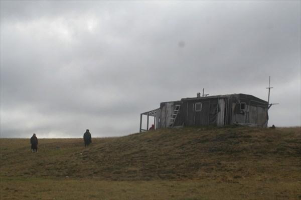 Метеостанция заброшена лет 30 назад
