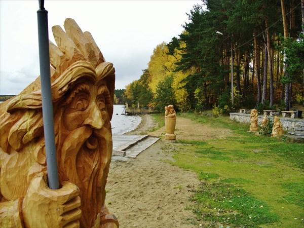Деревянная скульптура.