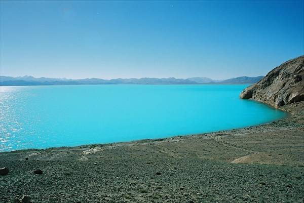 озеро на диком западе Китая