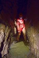 Подземное проточное озеро. Геологов-2