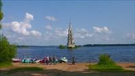 Вид на колокольню Никольского собора-город Калязин