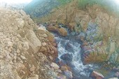 Речушка Айва на острове. Бурлящая после дождей