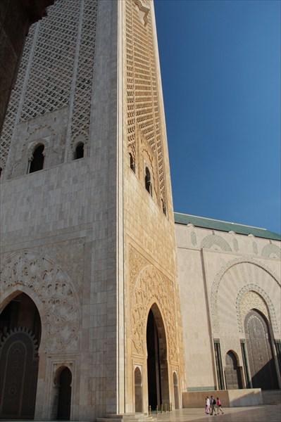 Почувствуй себя муравьишкой! (у мечети Хассана II)