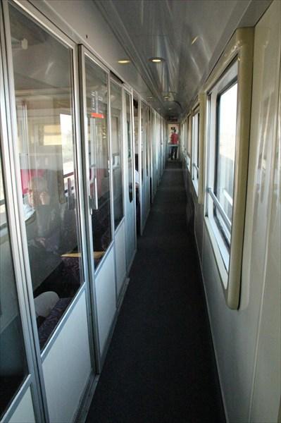 Коридов в вагоне первого класса