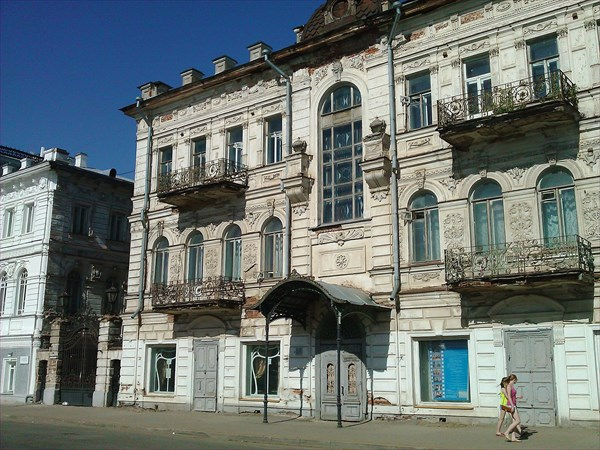 Бывшие Доходные дома Третьякова конец 18 в., Кострома