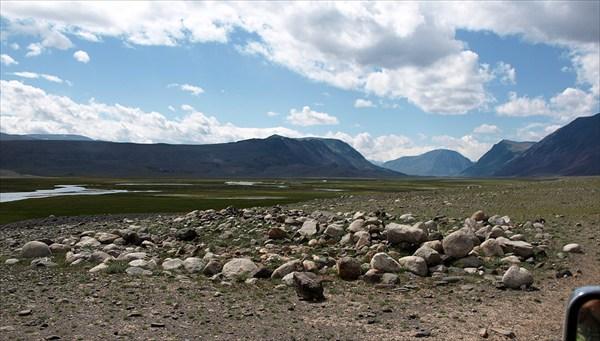 Курган в долине р. Цаган-гол