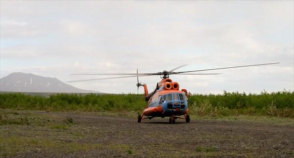 Вертолетная площадка Средние Пахачи и железная птица Корякского