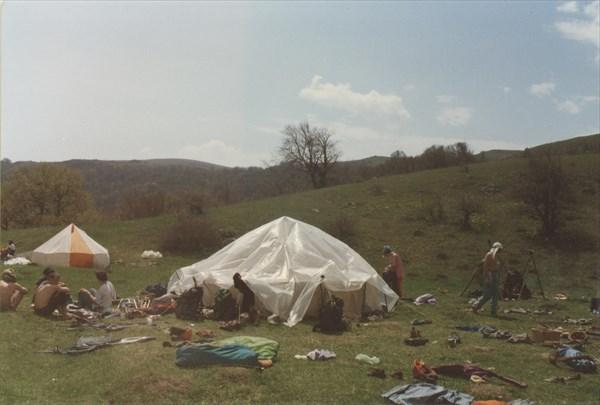 16. В лагере соседей