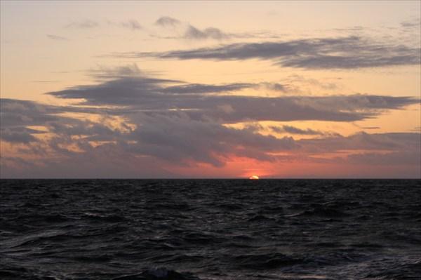 Закат - Охотское море