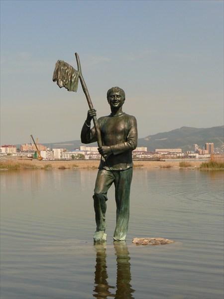 Памятник Миронову