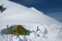 Наша палатка на Берельском седле