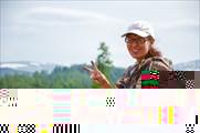 Женя оч. довольна от крутого подъема в Кайтанак