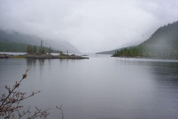 Непогода над озером