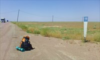 До Алма-Аты - 200 км.