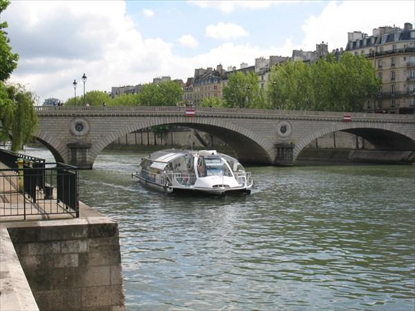 Париж. Batobus