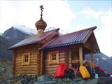 Часовня в память погибших Альпинистов