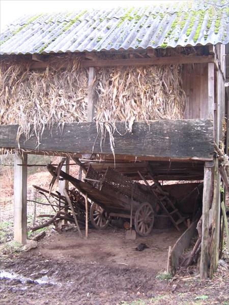 запасы сена на Базе у Акшаши