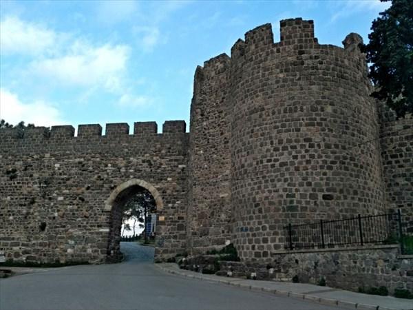 Крепость Кадифекале (Бархатная).