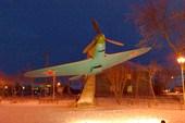 Памятник-самолёт Як-7Б