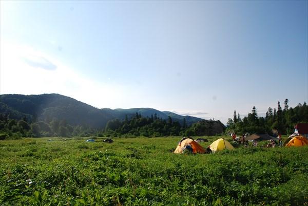 """Палаточный лагерь приют """"Фишт"""""""