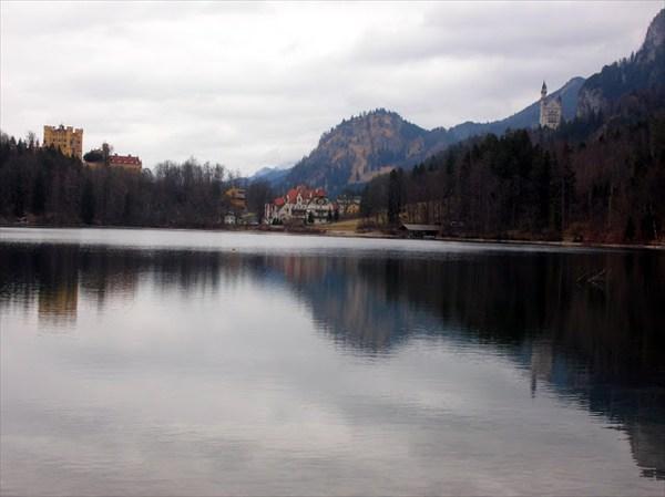 Змок Нойншванштейн