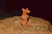 Крыса из глины