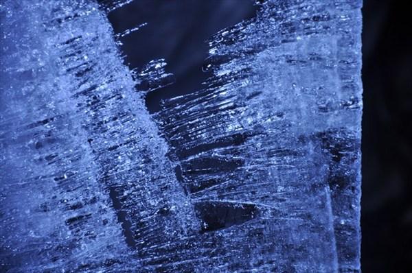 Нереальный лед