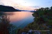 Закат на озере Karacaoren.