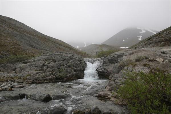 Водопад на р. Поачвумйок.