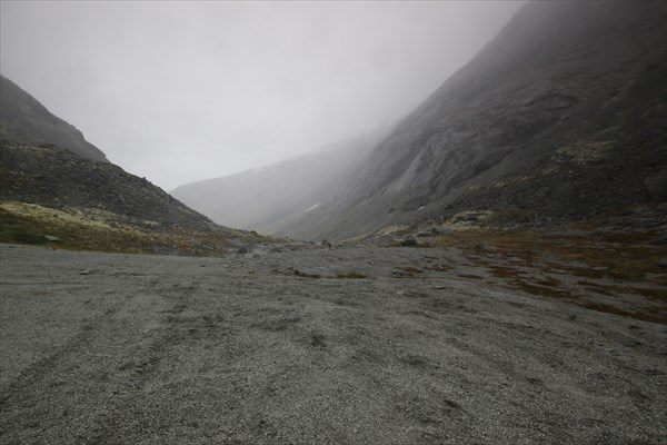 В тумане скрылся Умбозерский перевал