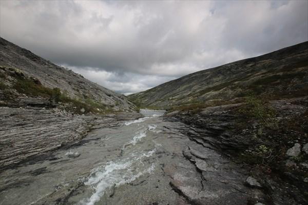 Водопад на Умбозерским перевалом