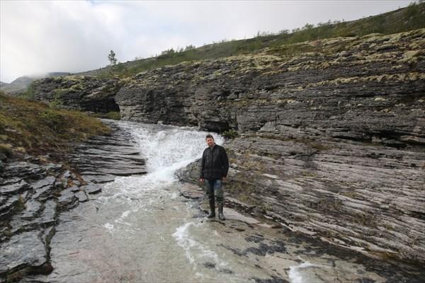 Водопад за Умбозерским перевалом