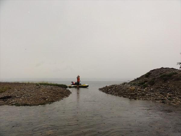 Протока из оз. Курма в оз. Байкал
