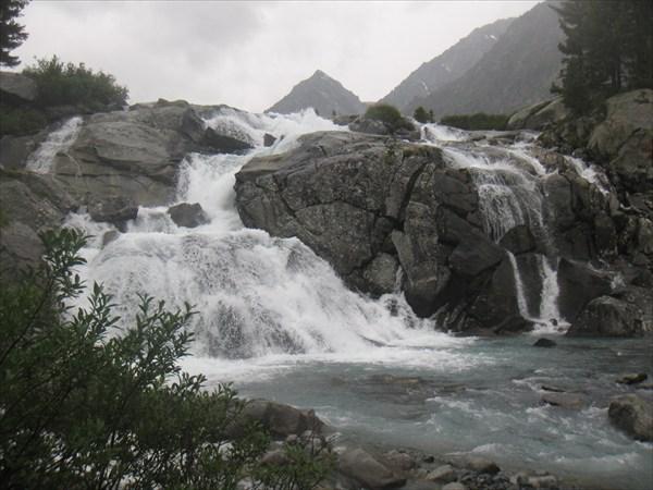 водопад Дарашколь