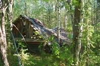 От бараков остались лишь крыши