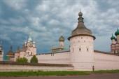 Одна из башен Ростовского Кремля