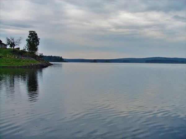 Вид на водохранилище.