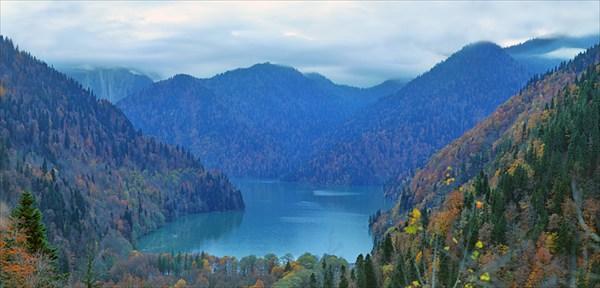 Рица озеро