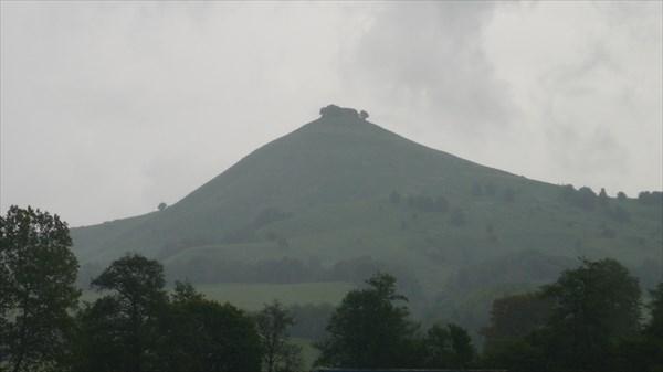 Гора с шапочкой