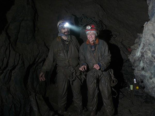 на фото: Двойка АртемПалыч-Уля после восхождения трубы