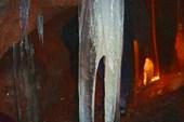 В пещере(сталоктиты)